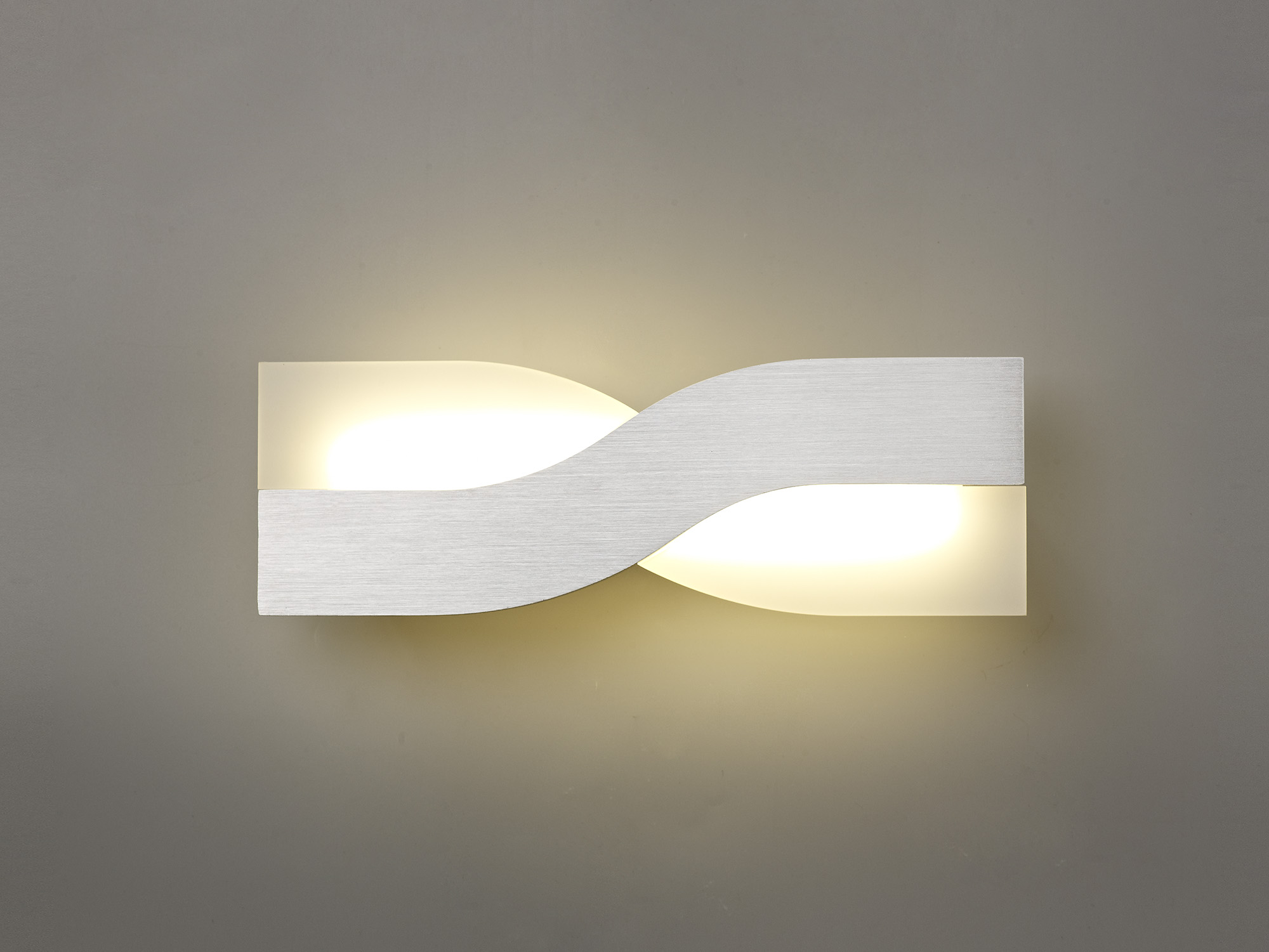 Wall Lamp, 1 x 8W LED, 3000K, 640lm, 3yrs Warranty