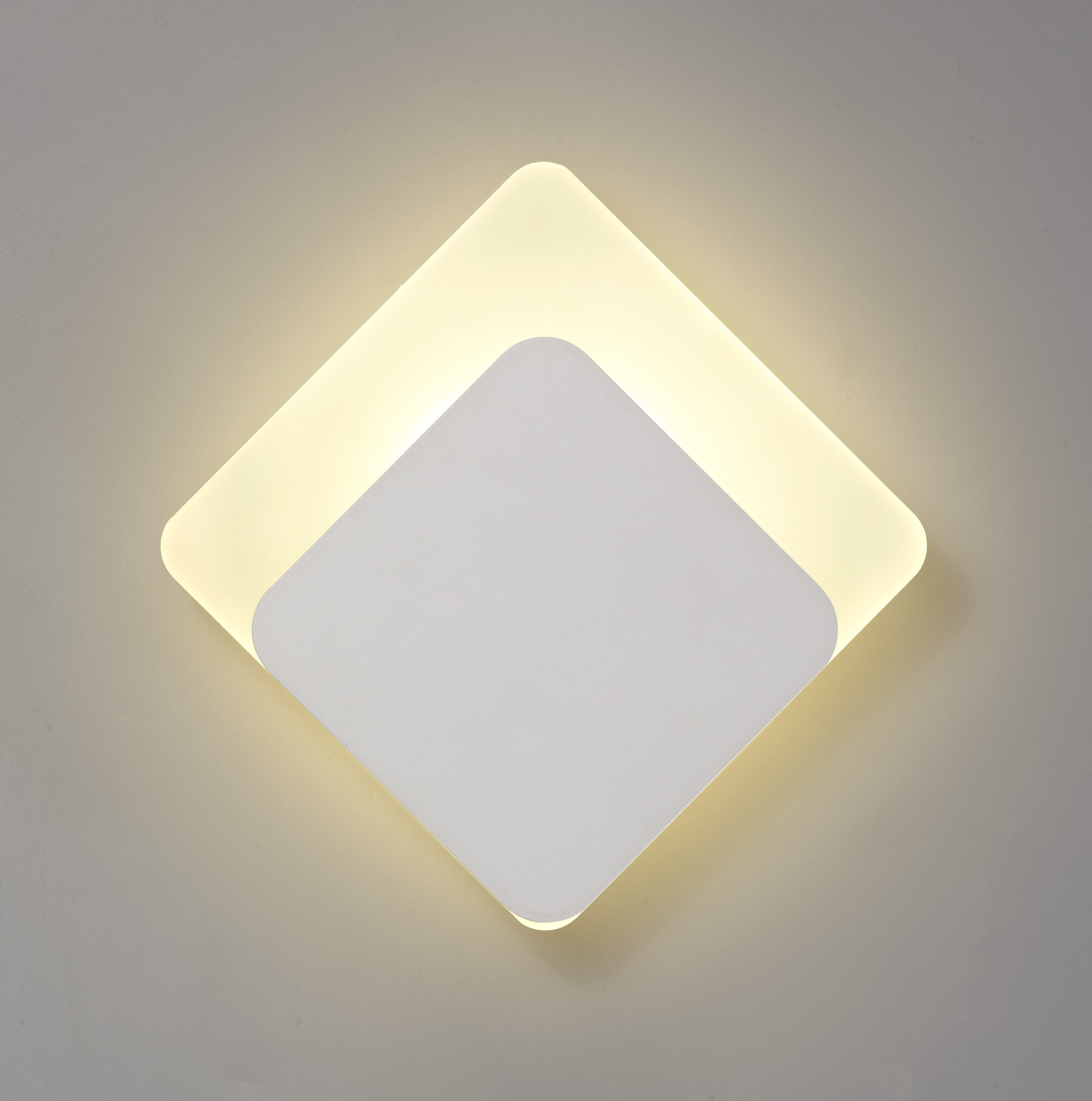 Magnetic Base Wall Lamp, 12W LED 3000K 498lm, 15/19cm Diamond Centre, Frosted Diffuser