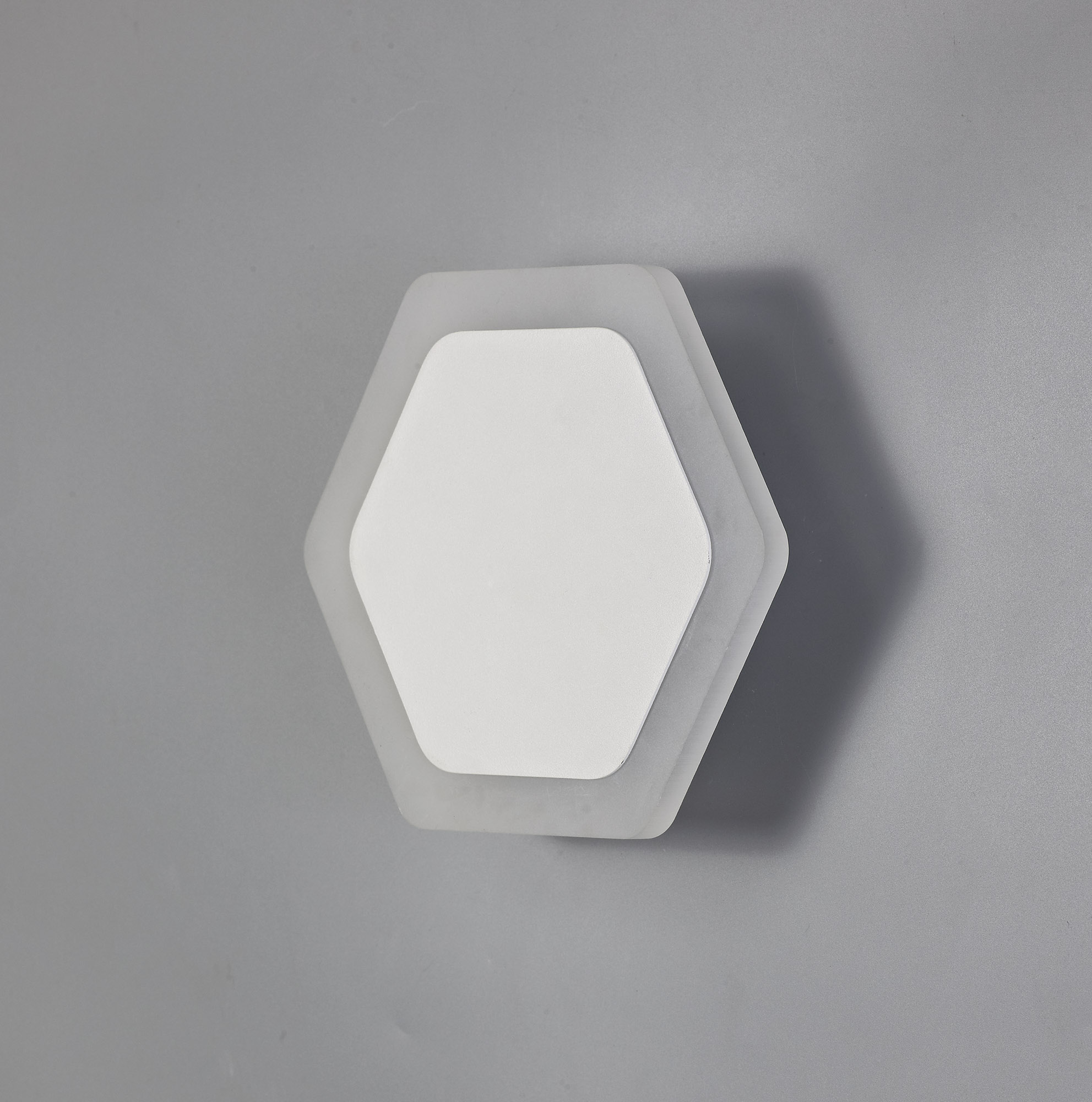 Magnetic Base Wall Lamp, 12W LED 3000K 498lm, 15cm Round 19cm Horizontal Hexagonal Centre, Frosted Diffuser