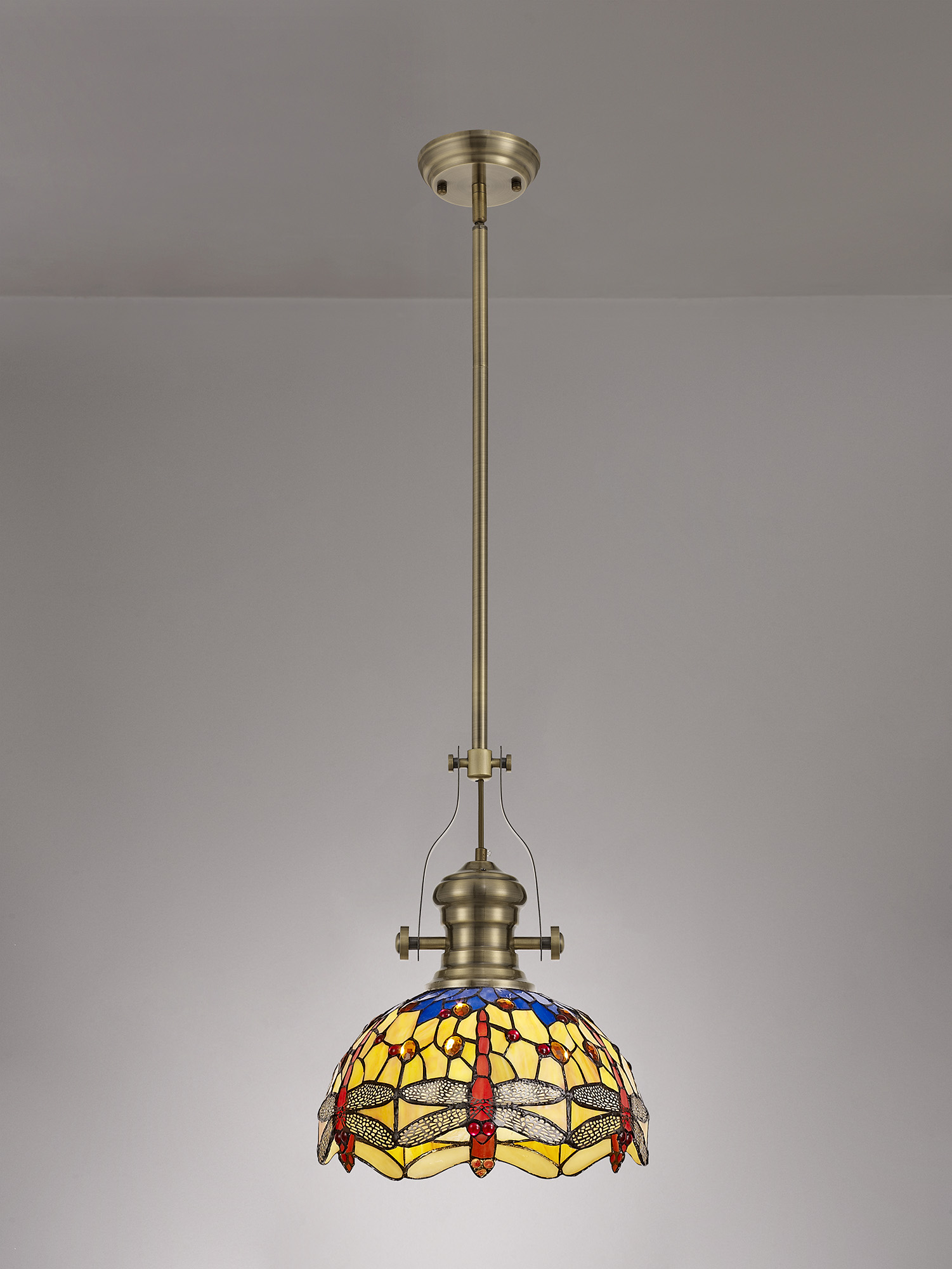 1 Light Pendant E27 With 30cm Tiffany Shade